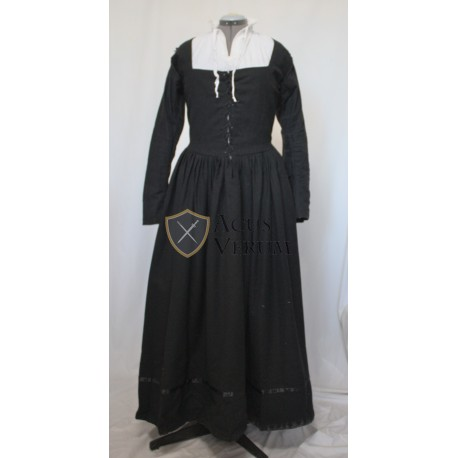 Women dress 17th century